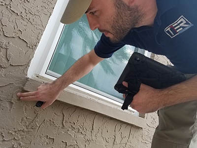 T1ER ONE INSPECTIONS - Inspecting Stucco Cracks