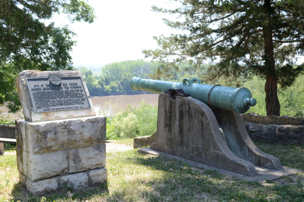 Missouri Cannon, Fort Leavenworth